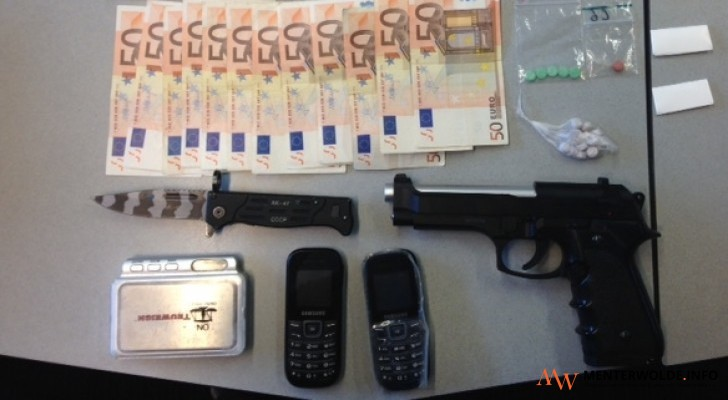contant geld euro drugs in Staverden